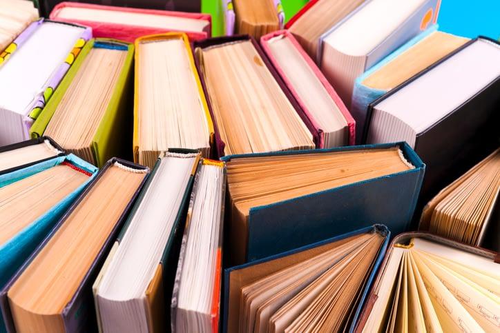 bbooks without a bookshelf